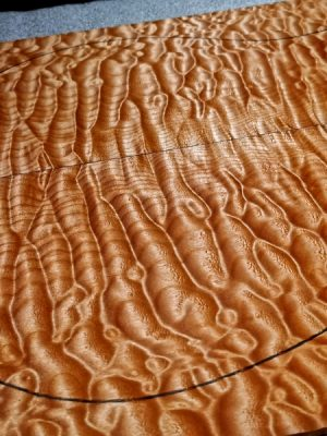 Superprem. quilted Maple Guitar Top, 6mm  (V-8065)