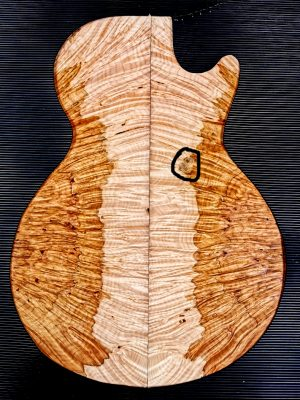 Prem. Maple Burl Guitar Top, 17mm  (V-8084)