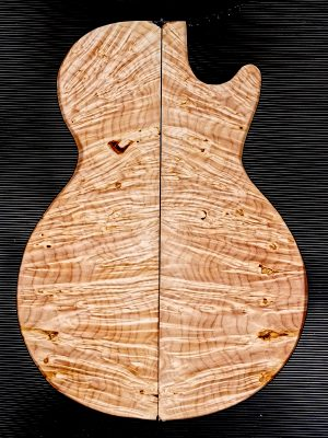 Prem. Maple Burl Guitar Top, 8mm  (V-8127)