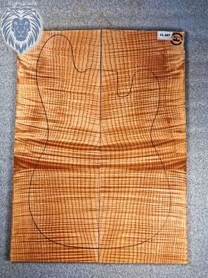 Prem. flamed Maple Guitar Top, 8mm  (FL-587)