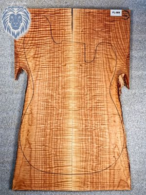 Prem. curly Maple Guitar Top, 8mm  (FL-589)