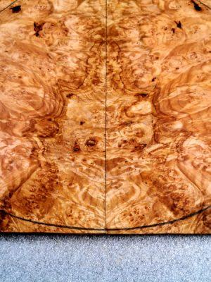 Prem. burly Maple Guitar Top, 8mm  (V-8123)